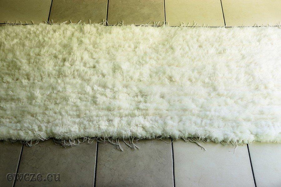 Modish dywany tkane - Skóry owcze i nie tylko IY66